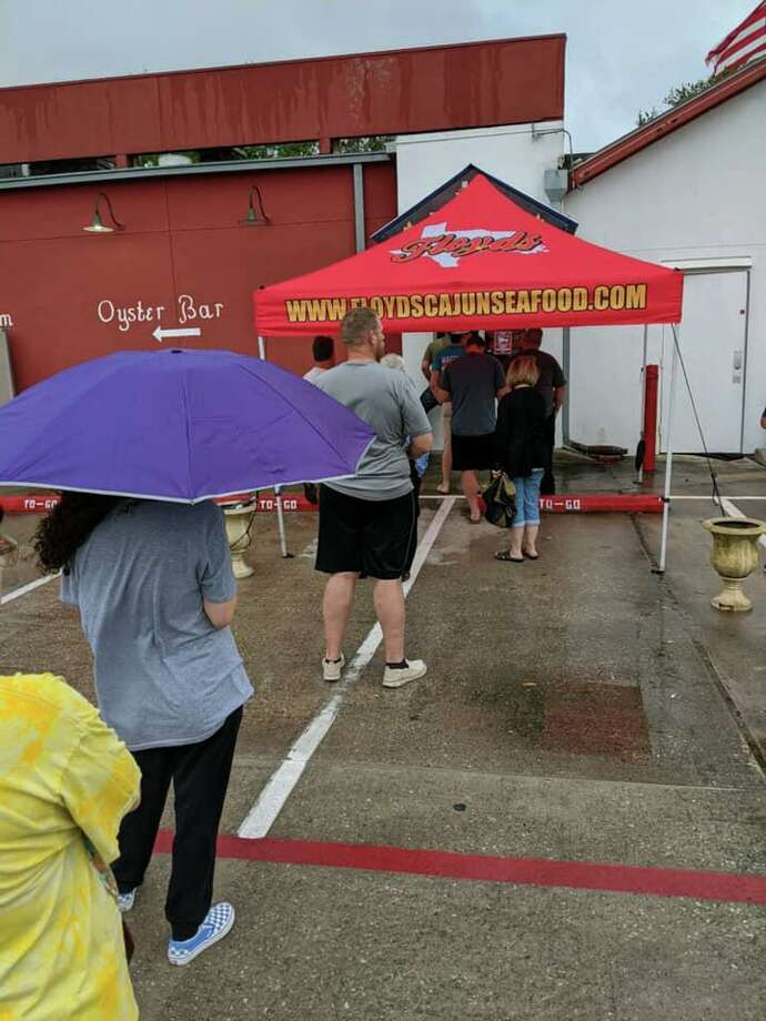 Customers are still flocking to Floyds Cajun Seafood, even in the rain, to remain loyal to one of their favorite restaurants. Photo: Submitted Photo