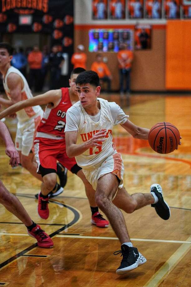 Junior guard Carlos Puerto averaged 7.2 points per game for United this past season. Photo: Photo By JJ Torres / Juan Jose Torres