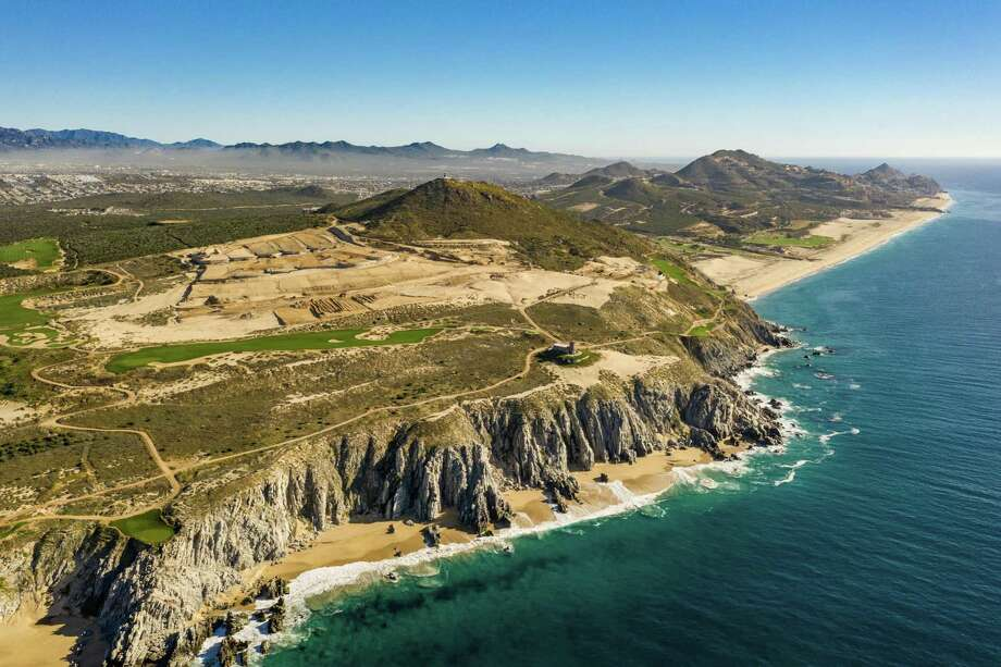 When complete, Quivira Los Cabos, an exclusive master-planned residential resort in Los Cabos, will feature villas and cliff houses overlooking the Pacific Ocean. Photo: Quivira Los Cabos