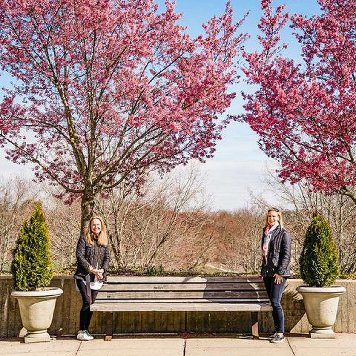 Mary Wade of Leap Year Images, and Katharine Calderwood of Calderwood Digital, have created TheFrontStepsProjectDarien, where they travel around town, taking free family photographs - from a safe distance - right outside the family's homes.