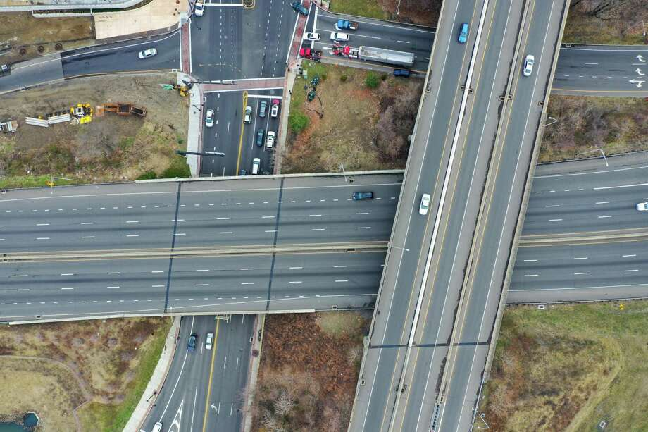From early March through the end of the month, traffic volume on most roads was down 40 to 50 percent on weekdays and as much as 70 percent on weekends, according to the state Department of Transportation. Photo: Patrick Sikes / Contributed Photo