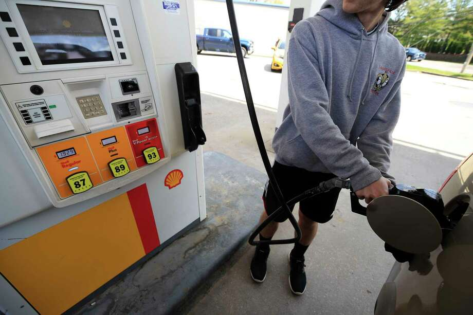 As nationwide demand for gasoline nosedives to its lowest level since 1993, prices at the pump continue to plummet, says AAA Northeast. Today's national average of $1.93 and Connecticut's statewide average of $2.08 for a gallon of self-serve, regular both are 8 cents lower than this time last week. Photo: Andy Lyons / Getty Images / 2020 Getty Images