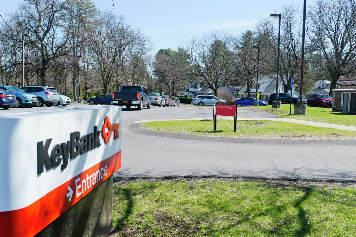 A line of cars at the key bank teller window on Monday, April 6, 2020, in Delmar, N.Y. (Paul Buckowski/Times Union)