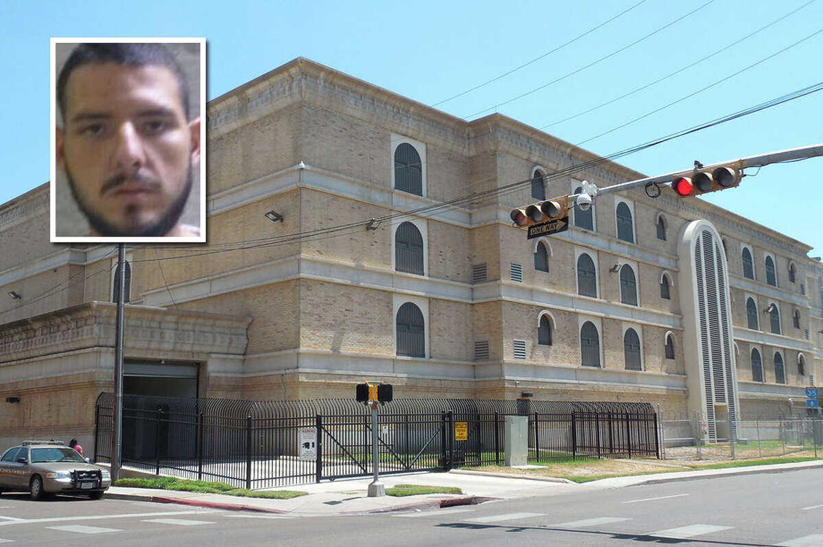 A man tried to smuggle cocaine into the Webb County Jail, according to Sheriff Martin Cuellar.