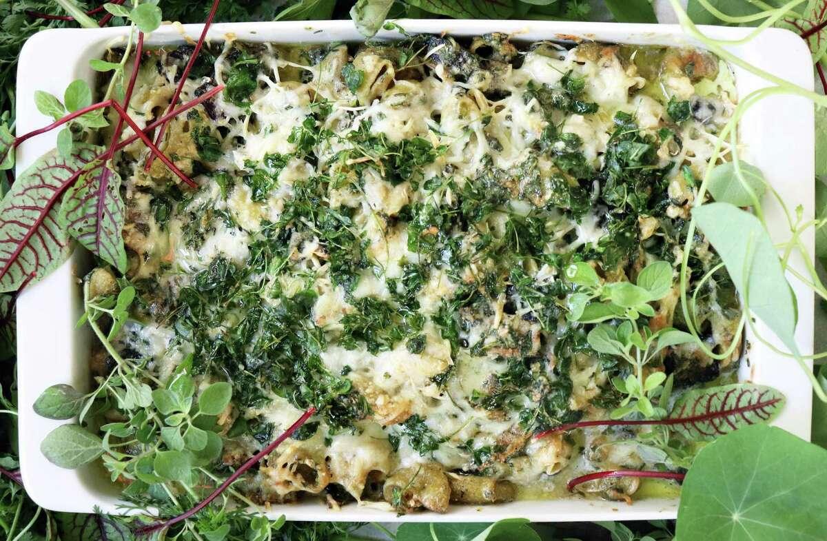 Herb Mushroom Mac 'n' Cheese