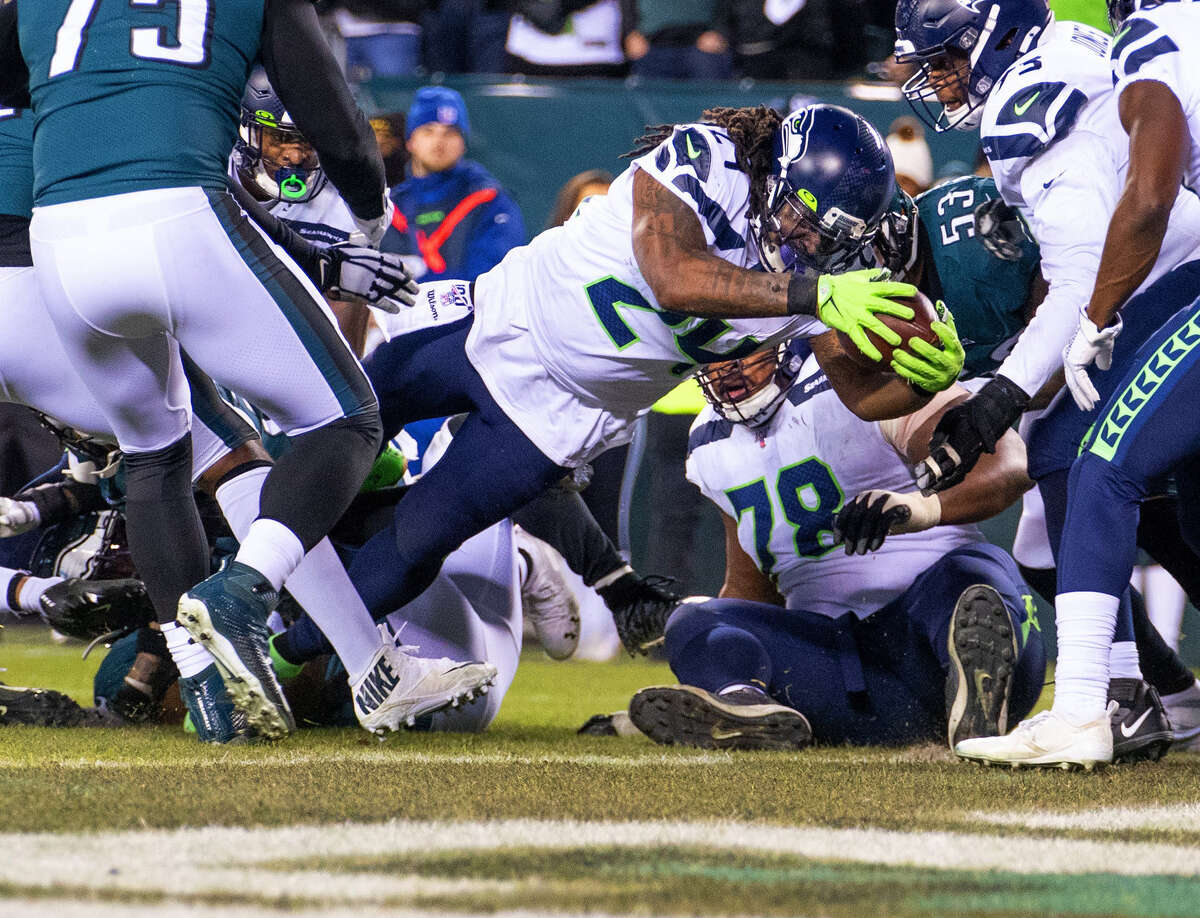 Seattle Seahawks running back Marshawn Lynch (24) scores a late first half touchdown against the Philadelphia Eagles on Sunday, Jan. 5, 2020 at Lincoln Financial Field in Philadelphia, Pa. (Mike Siegel/Seattle Times/TNS)