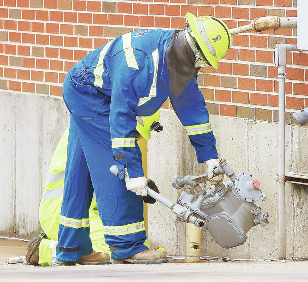As if grocery stores and their customers weren't having enough probelms theses days, an evacuation of the Alton Aldi food store at 2822 Homer Adams Parkway on Tuesday did not help. Ameren Gas Division workers removed the broken gas meter from the rear of the store Tuesday morning after a long row of shopping carts rolled reportedly down a ramp and broke it off below the ground. Employees and customers were evacuated from the store during the 90 minutes it took Ameren to cut off the supply of gas to the line. No injuries were reported and most customers left after about 30 minutes of waiting in the parking lot.