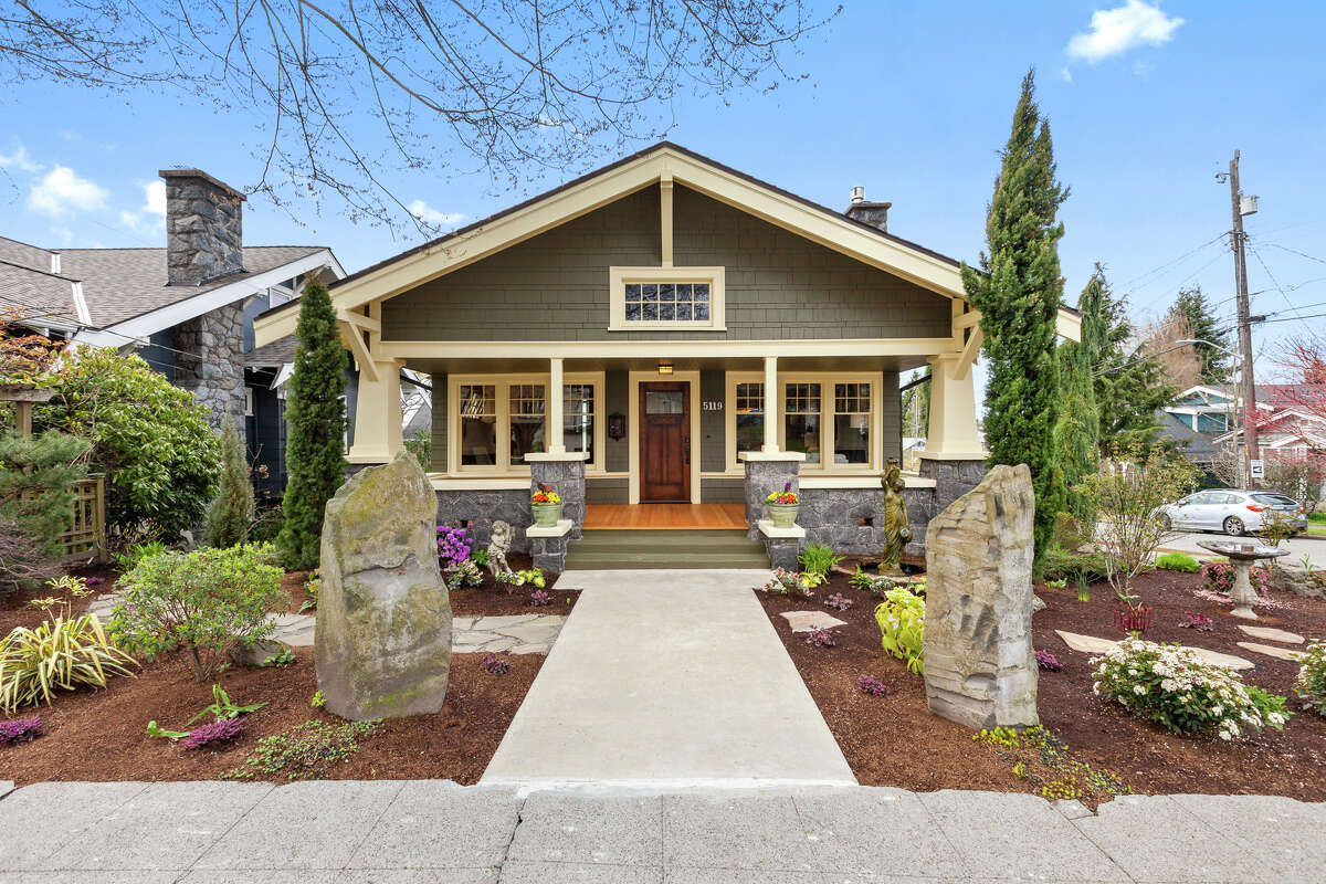 Vintage, modern, and delightful: this Wallingford Craftsman, for sale for the first time in over 30 years, could be yours for $1.175M
