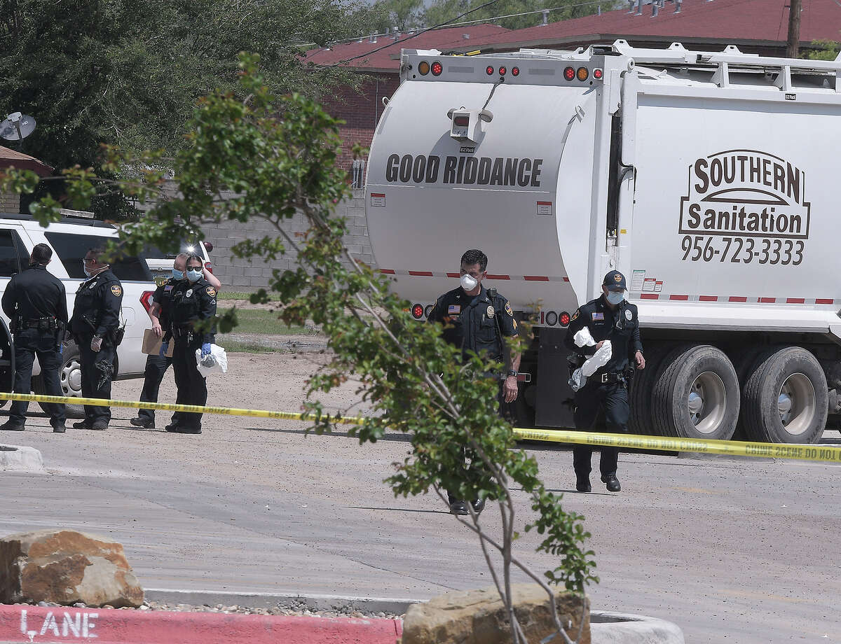 Laredo Police Officers were at the scene at the 400 block of West Calton Road where a body was found, Wednesday, March 8, 2020.