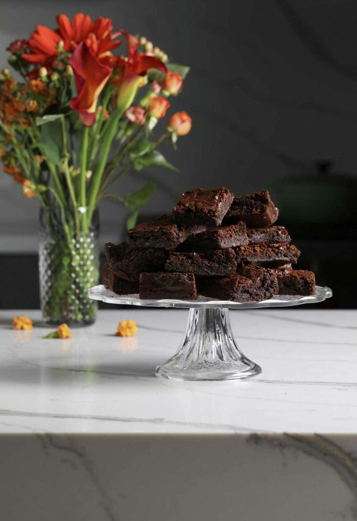 Brownies made with green banana flour are studded with cacao nibs for more chocolate flavor and for texture. (Abel Uribe/Chicago Tribune/TNS)