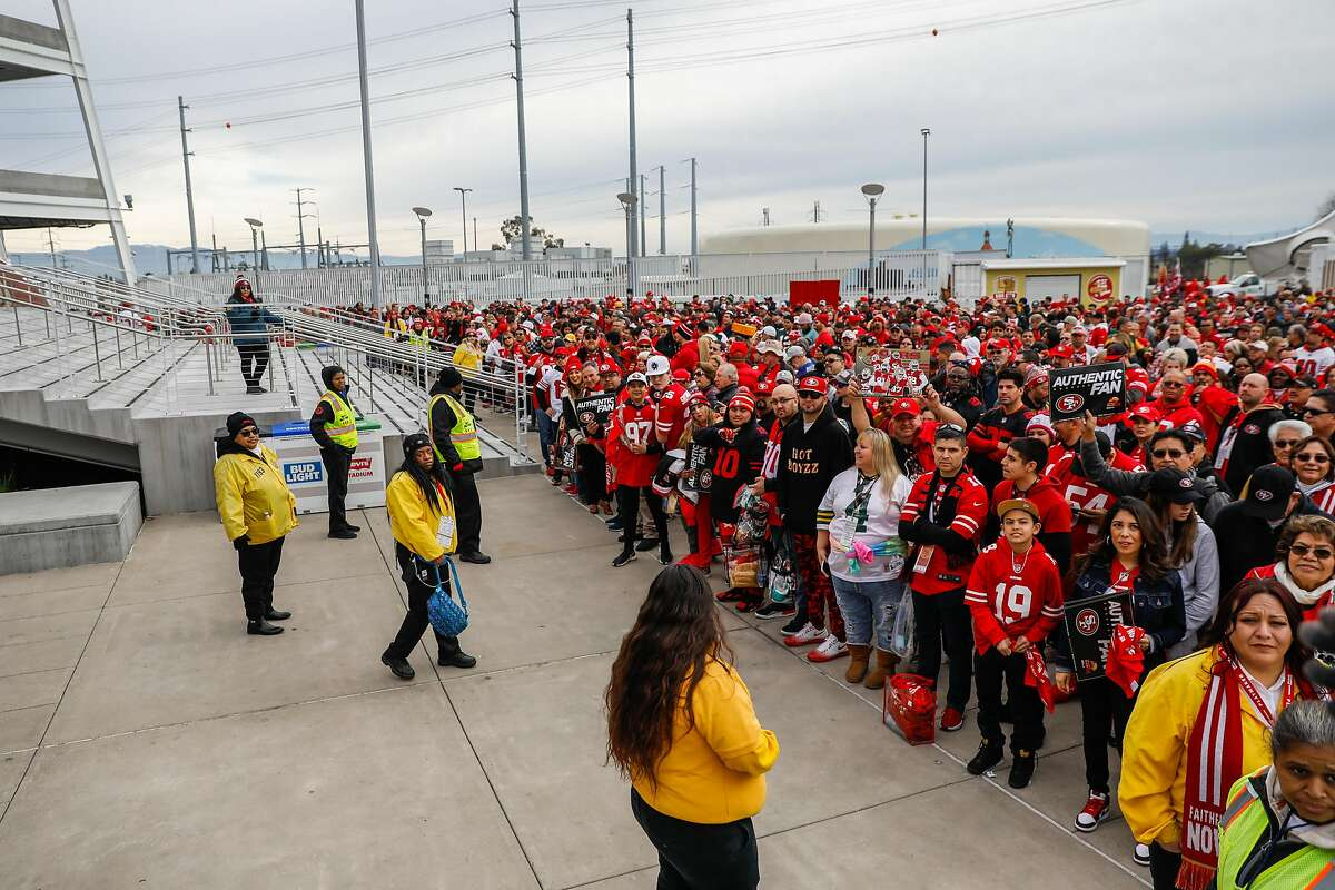 Thousands of fans wait to enter Levi�s stadium ahead of the NFC Championship game between the San Francisco 49ers and the Green Bay Packers on Sunday, Jan. 19, 2020 in Santa Clara, California.