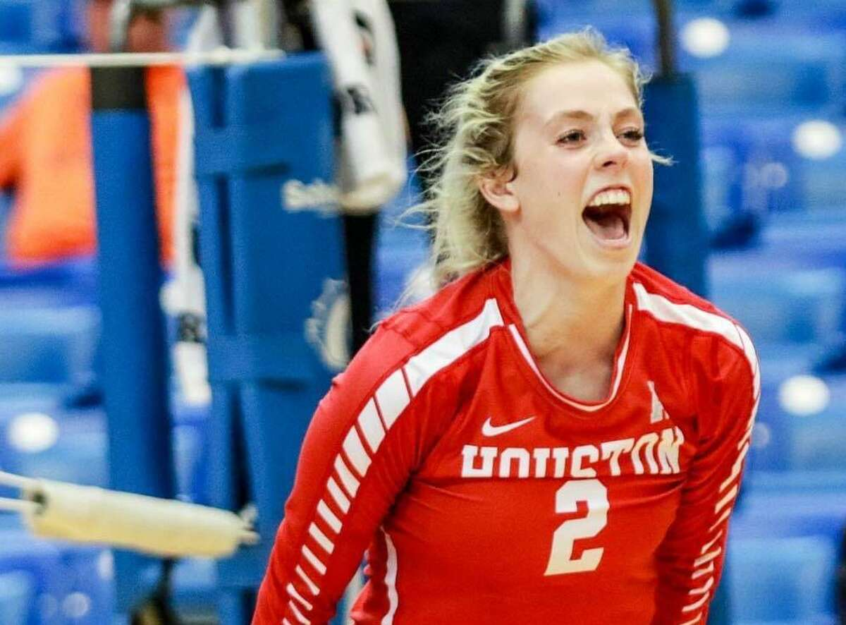 Starting with a discarded bench she found on a curb, UH volleyball player Kelsey Childers built herself a weight-lifting station to help keep her in shape during the coronavirus-induced sports hiatus.