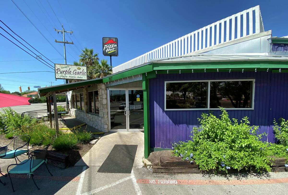 Cerroni's Purple Garlic is a pizza place and Italian restaurant on Austin Highway.