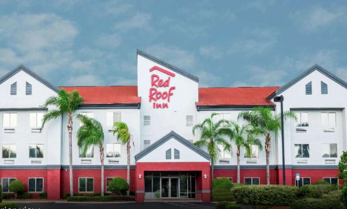 Red Roof Inn is offering free and discounted hotel rooms to first responders and healthcare workers.