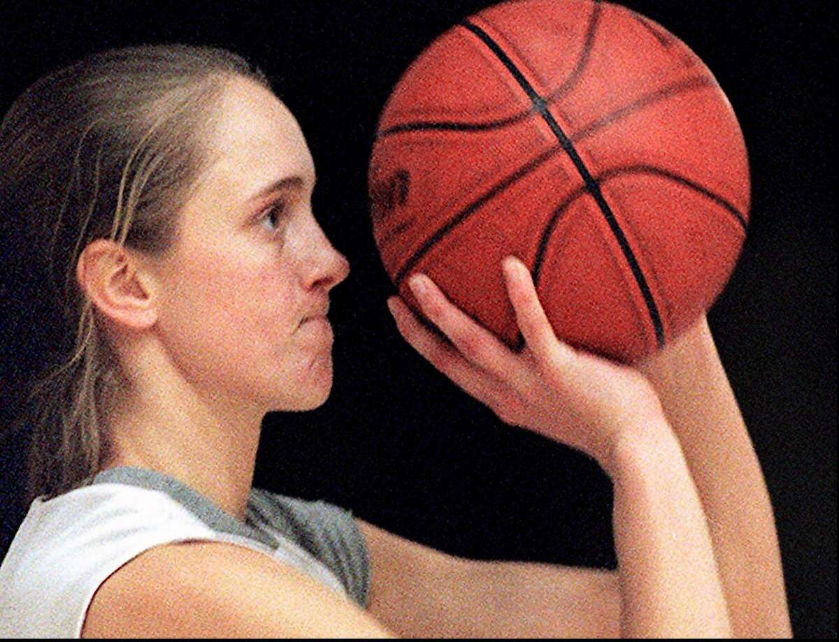 SPECIAL TO THE SEATTLE PI: ATTEN JEFF Stanford basketball star Kate Starbird is scoring at an incredible clip this season. Seen here practicing her outside shooting at Maples Pavilion on 1/5/97 Photo by Michael Maloney/San Francisco Chronicle
