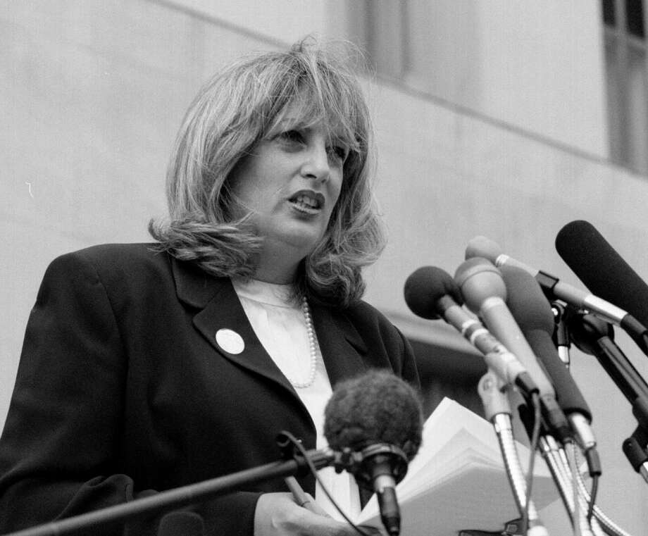 Linda Tripp speaks to reporters outside the federal courthouse in Washington, D.C., in 1998. Photo: Washington Post Photo By Larry Morris / The Washington Post