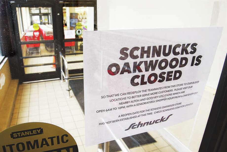 In this March 19 file photo, the Schnucks store at 1721 Homer Adams Parkway in Alton, also known as the Oakwood store, had closed to send workers to help at other Schnucks locations. Many people may know the location as the former Alton Shop n' Save store. Now, the location will close permanently as Schnucks reports poor sales since its October 2018 acquisition. Photo: John Badman | Hearst Newspapers