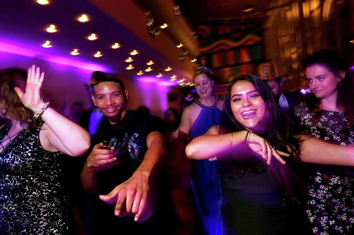 Partygoers won't be able to physically gather together for the Ars Lyrica gala.