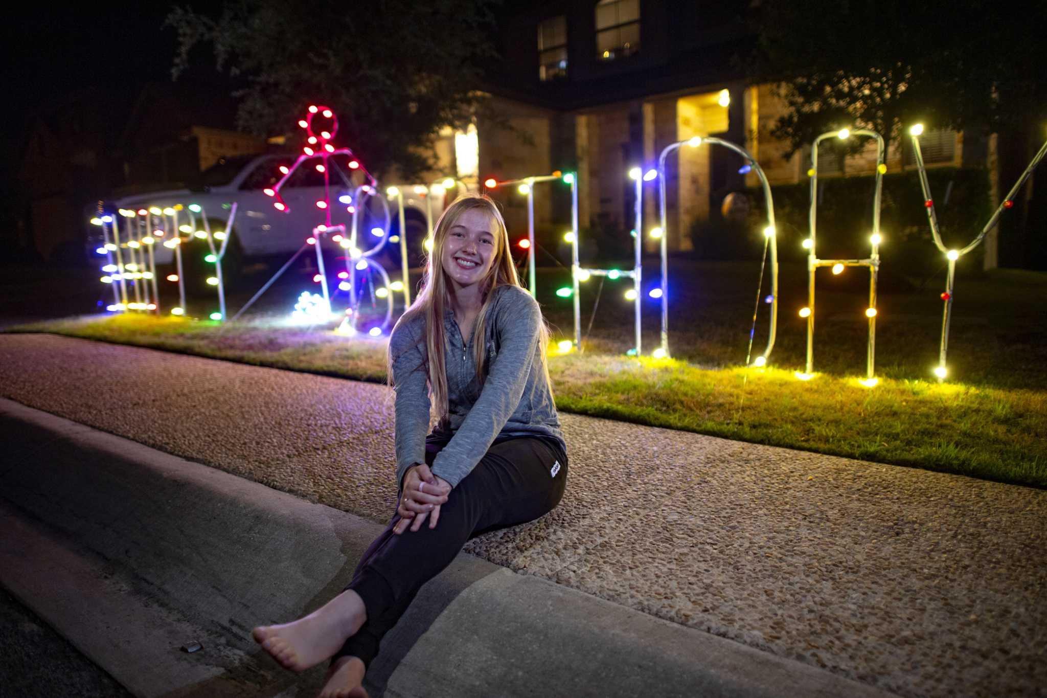 Lighted Yard Displays In San Antonio
