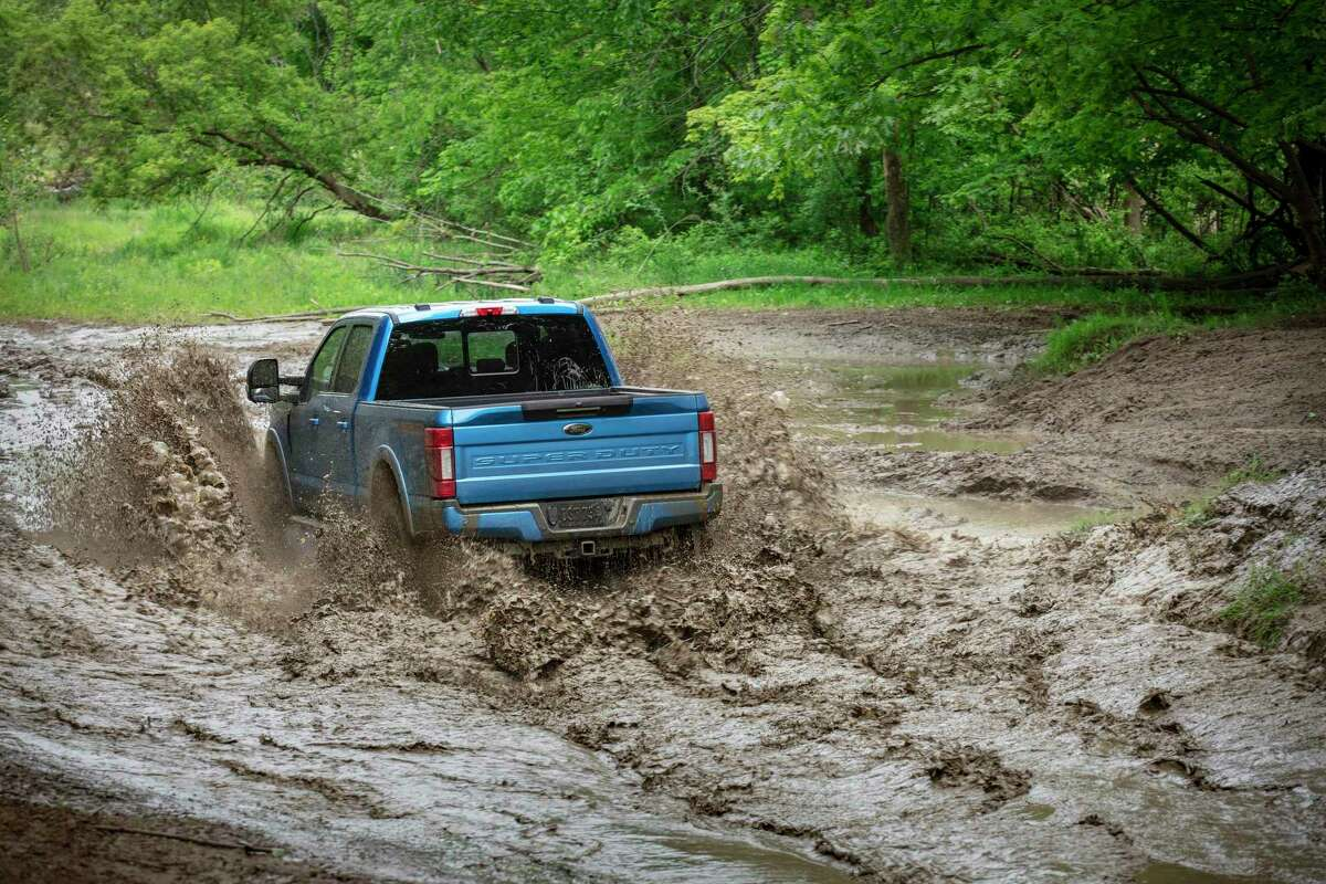 Tremor models feature selectable drive modes, rock-craw mode, 10.8-inch ground clearance, heavy-duty shocks, 35-inch-diameter off-road tires, locking rear differential with electronic shift-on-the-fly and a Dana limited-slip front differential.