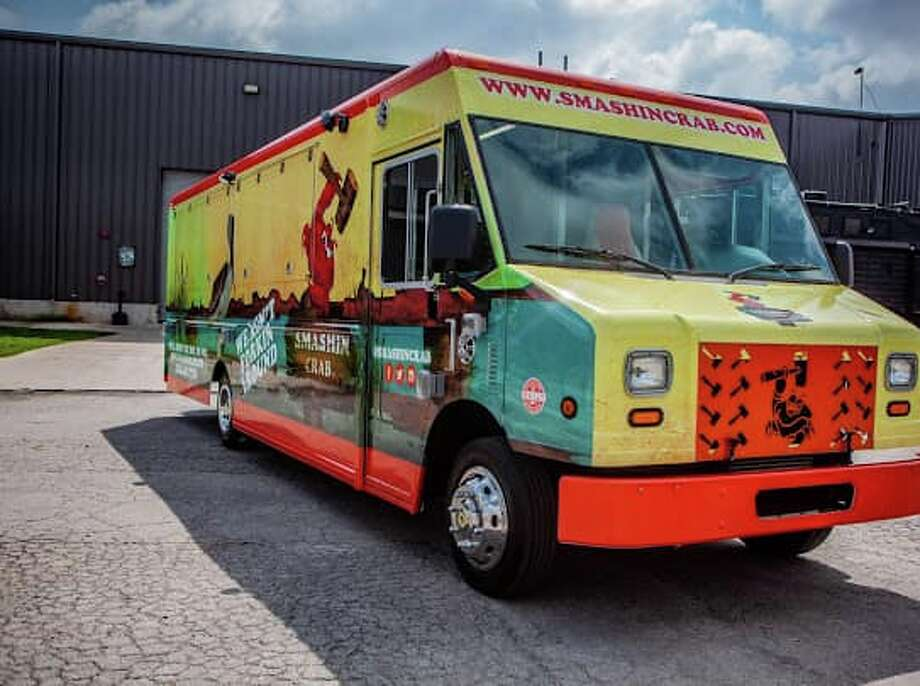 Popular locally-owned restaurant Smashin Crab opened a food truck this week to help keep its business afloat during the coronavirus pandemic. Photo: Cruising Kitchens