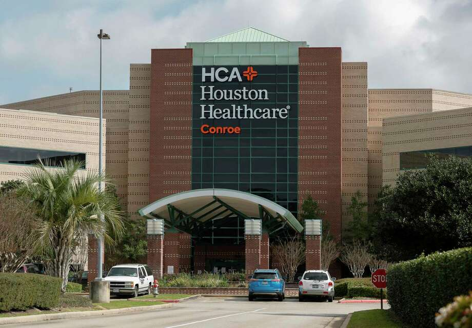 HCA Houston Healthcare Conroe has stopped elective surgeries helping keep beds available during the COVID-19 crisis. Photo: Jason Fochtman, Houston Chronicle / Staff Photographer / Houston Chronicle  © 2020