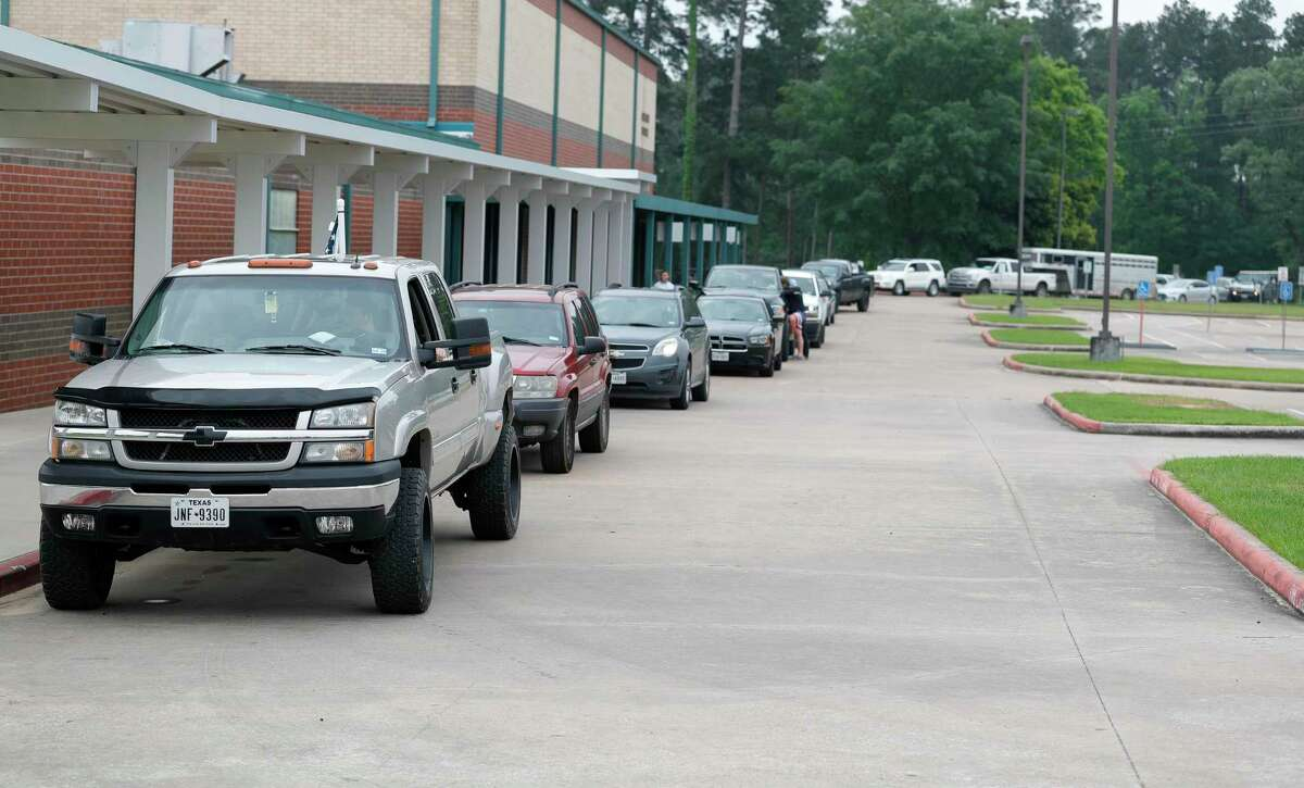 Willis High School was put under a shelter in place order Monday after a bomb threat was called into the school alleging that an explosive device was located in the school's back parking lot. The school and parking lot were declared safe by 9:30 a.m. and students returned to their regular schedules.
