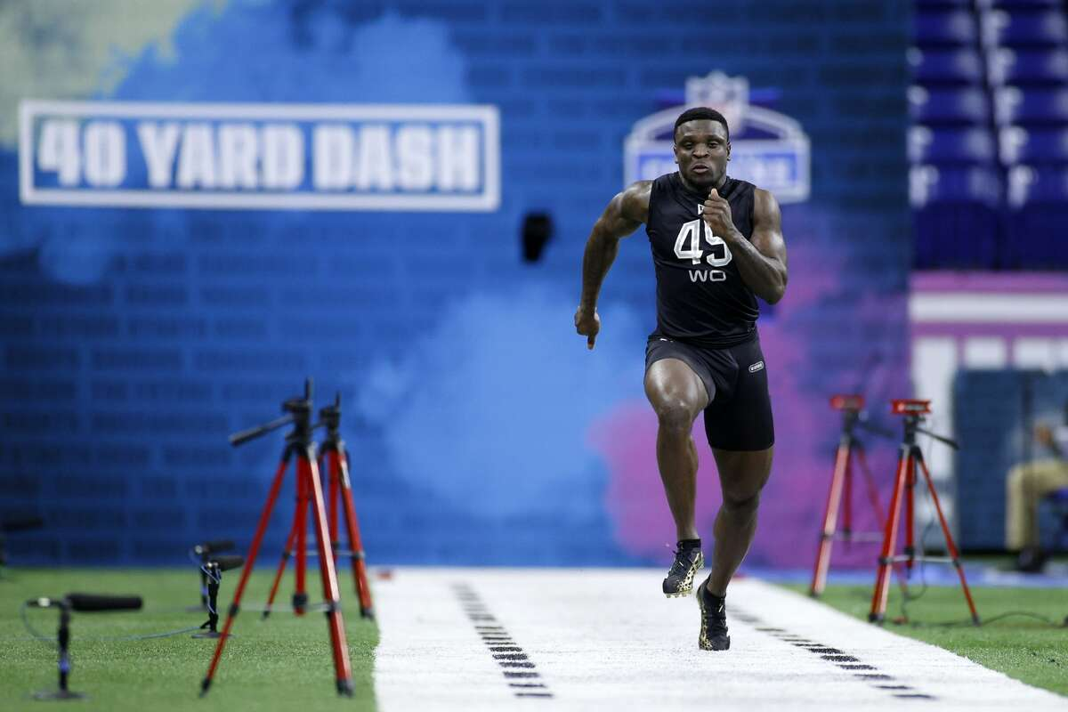 INDIANAPOLIS, IN - FEBRUARY 27: Wide receiver Jalen Reagor of TCU runs the 40-yard dash during the NFL Scouting Combine at Lucas Oil Stadium on February 27, 2020 in Indianapolis, Indiana. (Photo by Joe Robbins/Getty Images)