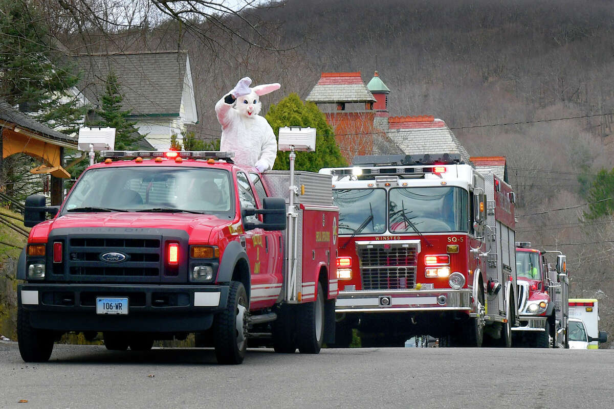 The Winsted Recreation Department along with the Winsted Fire Department and Amublance got together to bring some joy to people of all ages, by having the Eeaster Bunny go all around town waving, on Saturday, April 11, 2020.