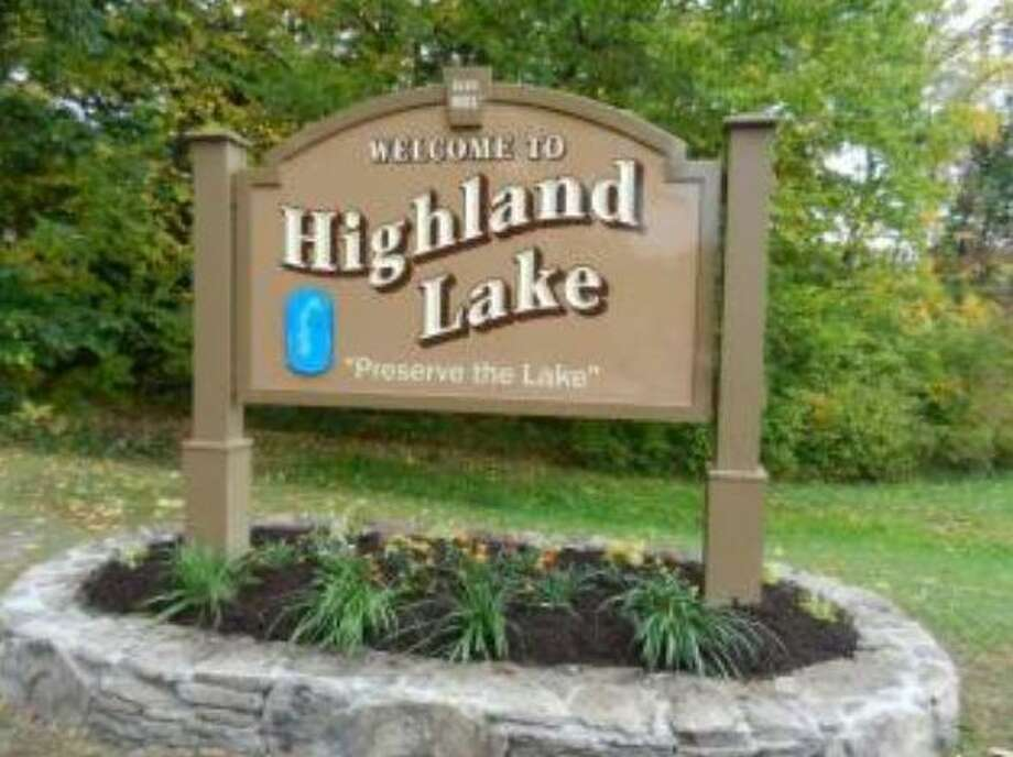 The welcome sign for Highland Lake in Winsted. Photo: Contributed / Town Of Winsted /