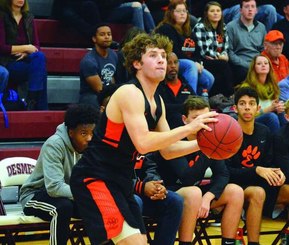 Former EHS shooting guard Jack Marinko announced Saturday he will continue his basketball career at Southwestern Illinois College.