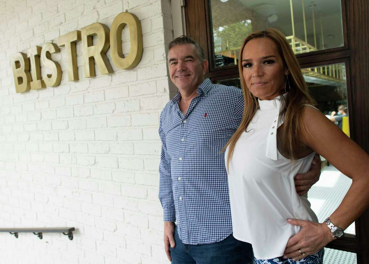 Damien Watel and his wife, Lisa, run Bistr09, a classic French brasserie, in the 09 area code.