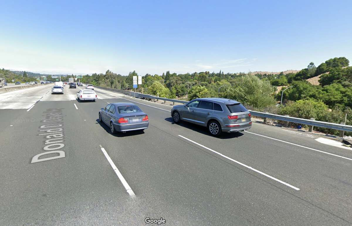 Interstate 680 over Rudgear Road Contra Costa County Daily crossings: 180,000 Year built: 1964