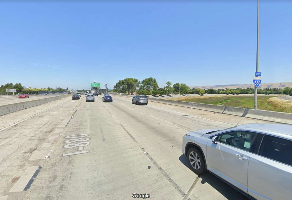 Interstate 880 over Patterson Slough Alameda County Daily crossings: 198,000 Year built: 1957