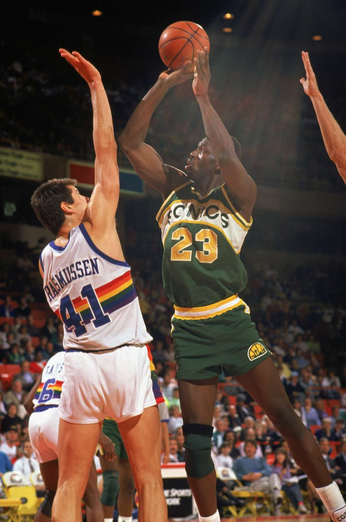 Auburn Blair Rasmussen (NBA): Rausmussen, who was the 15th overall pick in the 1985 NBA draft, played six seasons with the Denver Nuggets (1985-91) and two seasons with the Atlanta Hawks (1991-93). The 7-foot center averaged 12.5 points, 9.7 rebounds and 1.9 blocks per game in '90-91 with Denver -- his best statistical year as a pro.