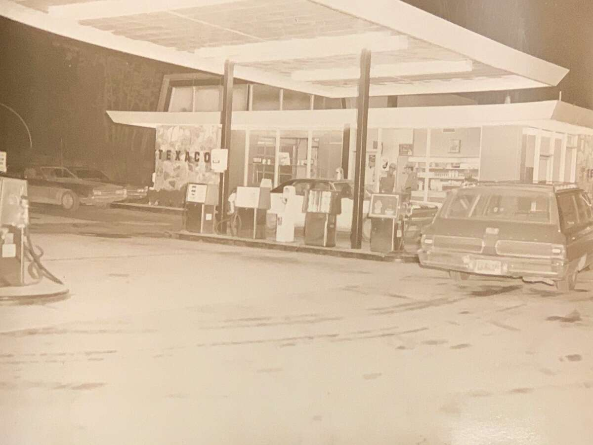 State Police say they are still hunting for clues in the killing of Leonard Monette, a 54-year-old Dutchess County man who was found dead in a Wappinger gas station in 1971.