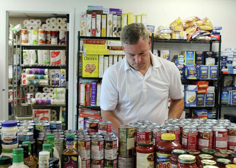 Wilton Kiwanis Club holds its quarterly food drive to benefit the Wilton Food Pantry from Sept. 22-24, 2017. Photo: Stephanie Kim / Hearst Connecticut Media