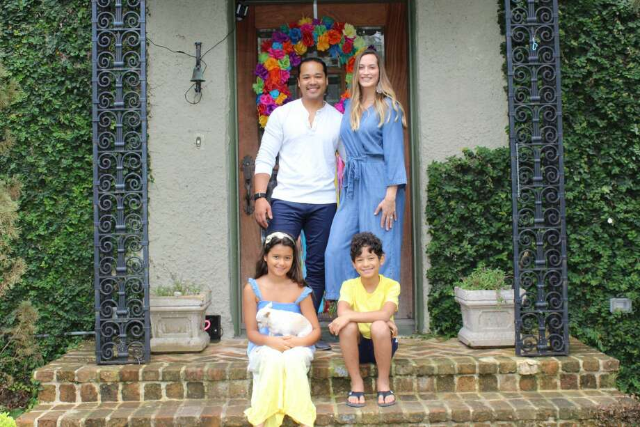 Christy and Gordon Rainey and their two children live in the King William Historic District. Photo: Lisa Harrison Rivas