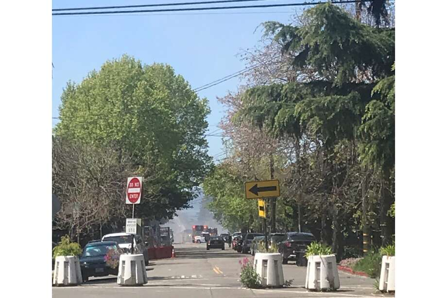 A fire on the 2000 block of Blake Street in Berkeley broke out on April 14, 2020. Photo: Seung Lee/Courtesy