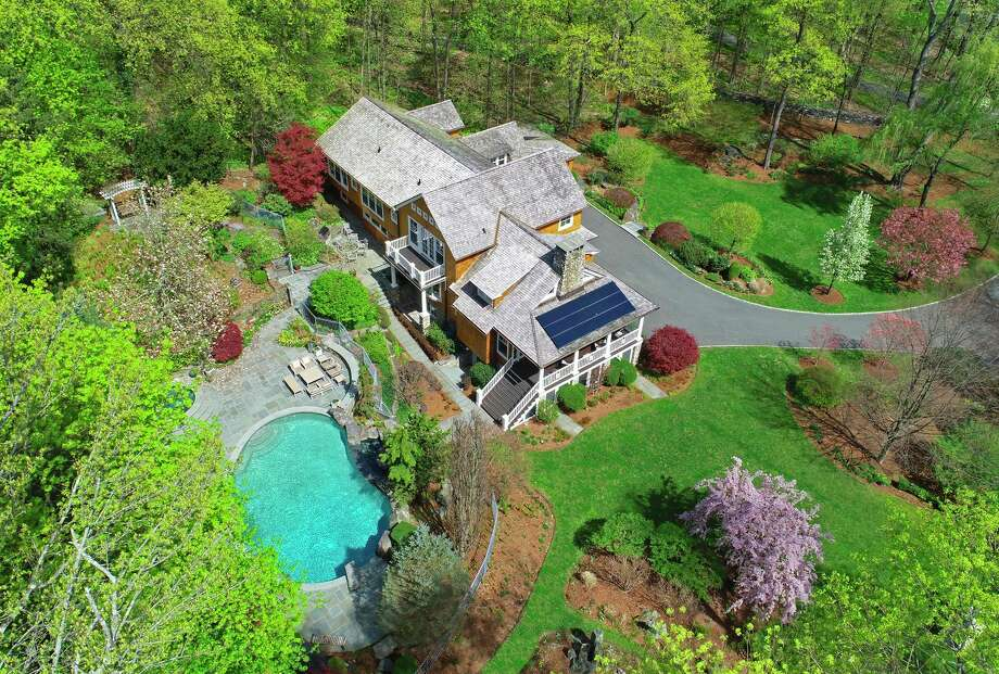 9 Witherell Drive, Greenwich Photo: Sotheby's International Realty / Contributed Photo