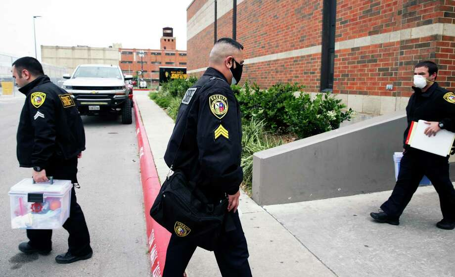 A man is accused of stabbing a woman who jumped from a moving vehicle Sunday in West Bexar County before she died. Photo: Tom Reel, San Antonio Express-News / Staff Photographer / **MANDATORY CREDIT FOR PHOTOG AND  SAN ANTONIO EXPRESS-NEWS/NO SALES/MAGS OUT/TV