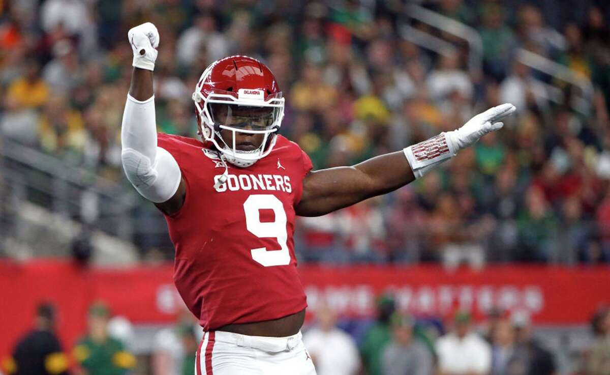 Kenneth Murray, linebackerHigh school: ElkinsCollege: OklahomaDraft: Picked 23rd overall by the Los Angeles Chargers in 2020.