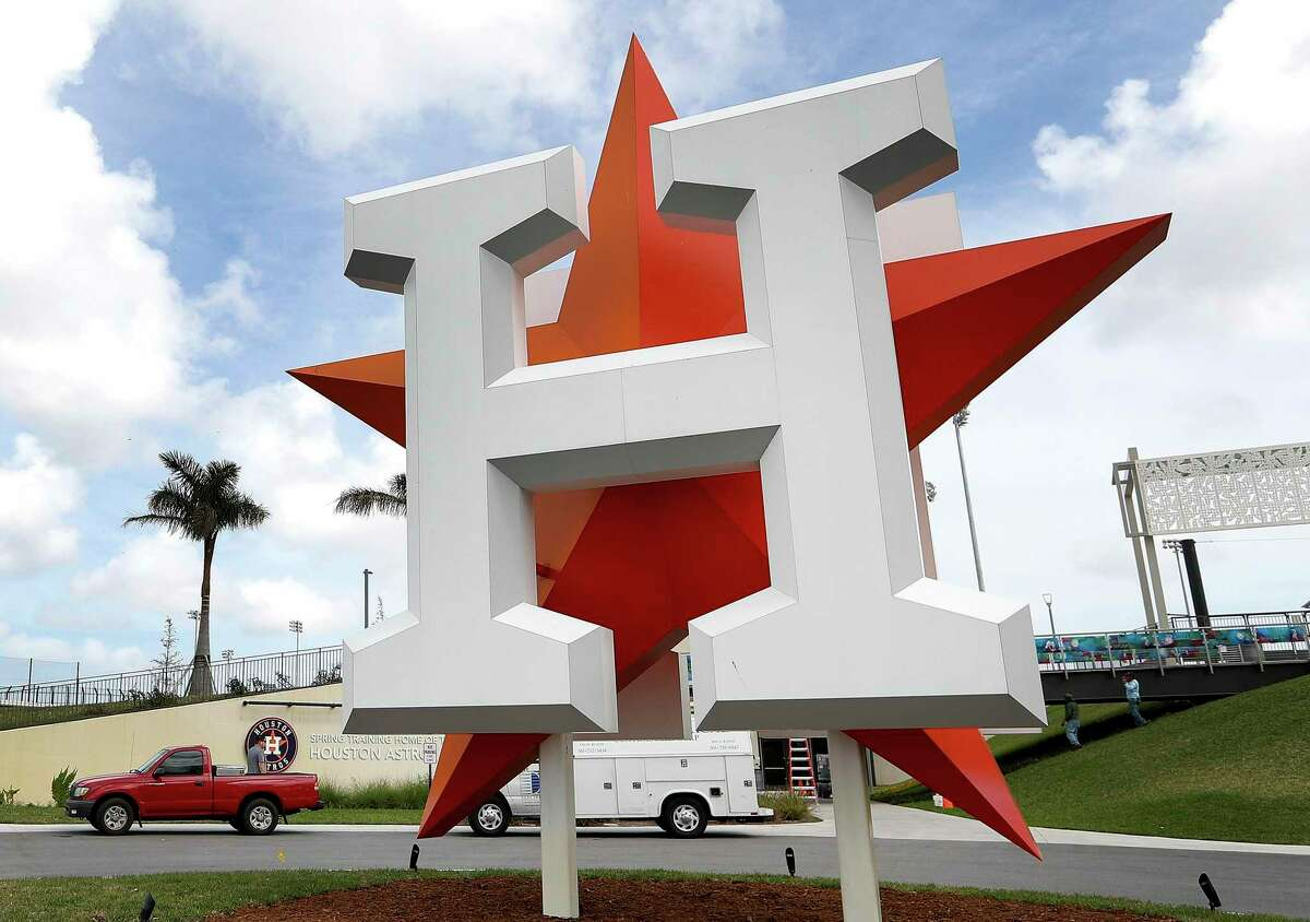 The Astros first workout for pitchers and catchers will be Feb. 18 and first full-squad workout will be on Feb. 22, MLB announced.