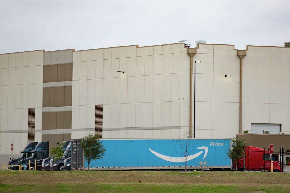 Amazon fulfillment center at I-45 and Beltway 8 on Friday, Jan. 10, 2020, in Greenspoint.