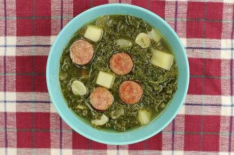 Quick Portuguese Caldo Verde (Sausage and Kale Soup)