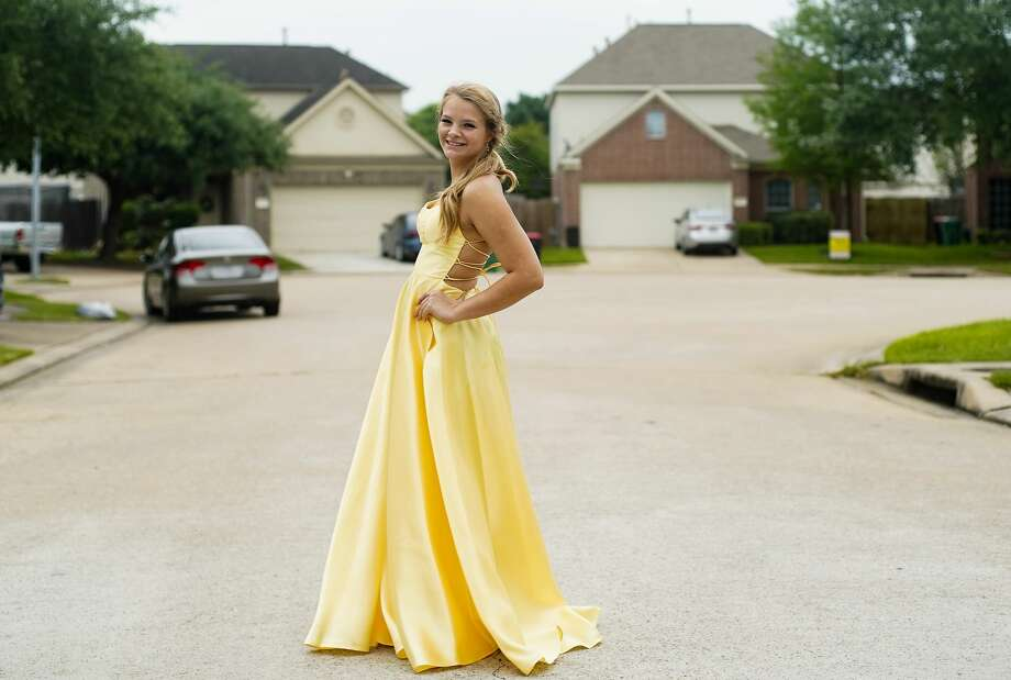 "Savana Pendergast, senior at Cy-Woods High School, enlisted social-media star Dale Brisby to help with her ""promposal"" to boyfriend Carter Hitchcock. Photo: Elizabeth Conley/Staff Photographer / ? 2020 Houston Chronicle"