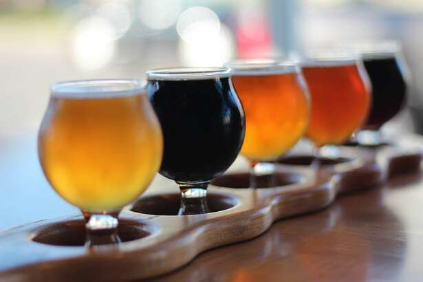 Unbranded flight of beer