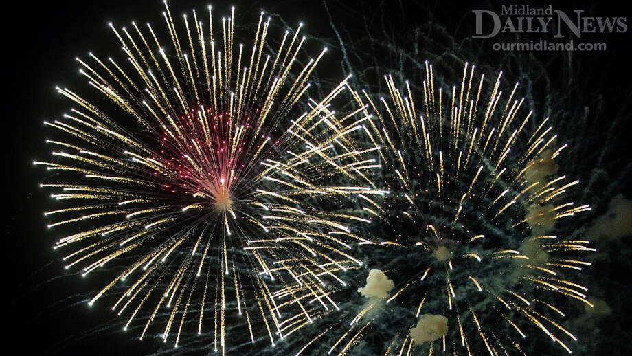 Fireworks on July 4th. Photo: (Daily News File)