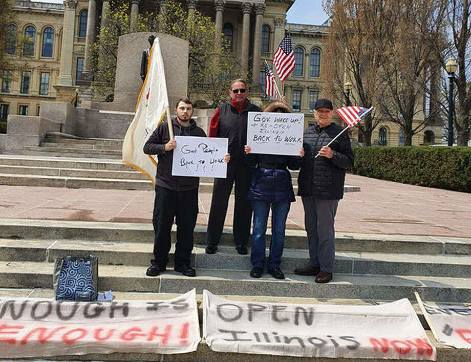 A group of protesters gathers Thursday in Springfield to demand the state be reopened. Photo: Courtesy Of Kenneth Arnold