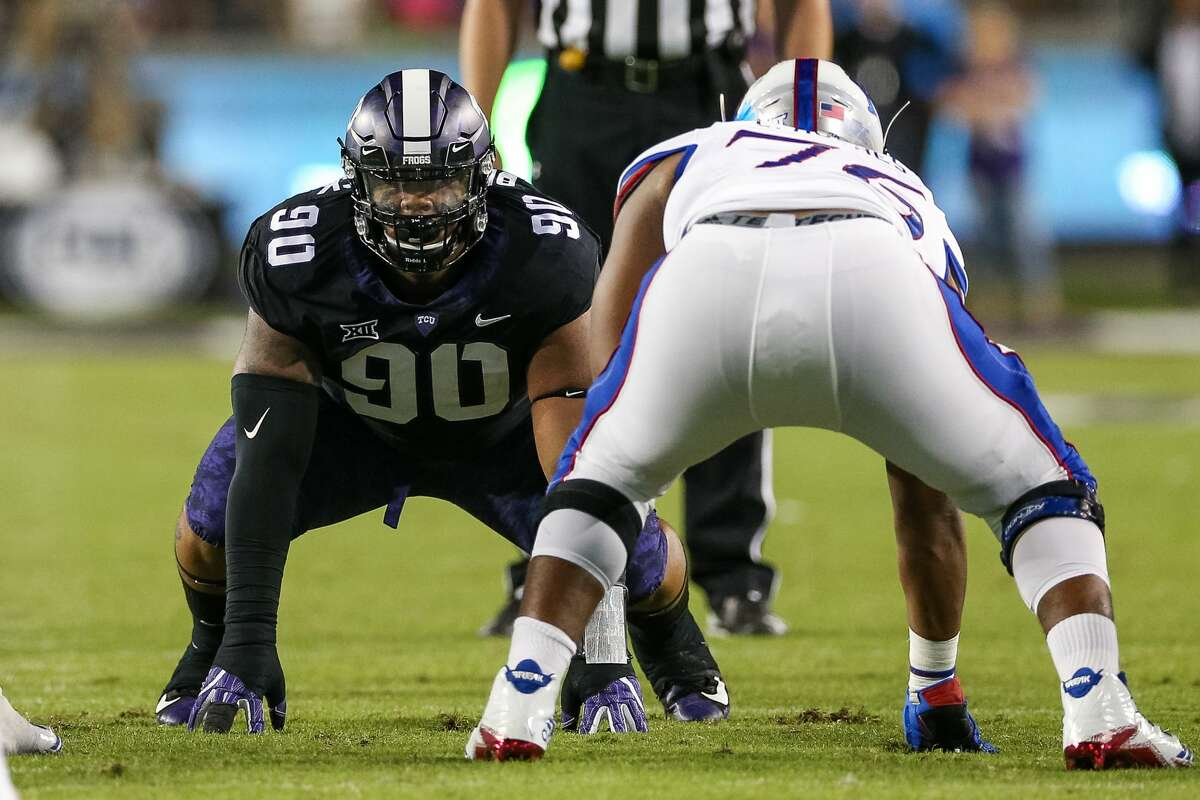 FORT WORTH, TX - OCTOBER 21: TCU Horned Frogs defensive tackle Ross Blacklock (90) lines up in a four point stance during the football game between the Kansas Jayhawks and TCU Horned Frogs on October 21, 2017 at Amon G. Carter Stadium in Fort Worth, TX. (Photo by Andrew Dieb/Icon Sportswire via Getty Images)